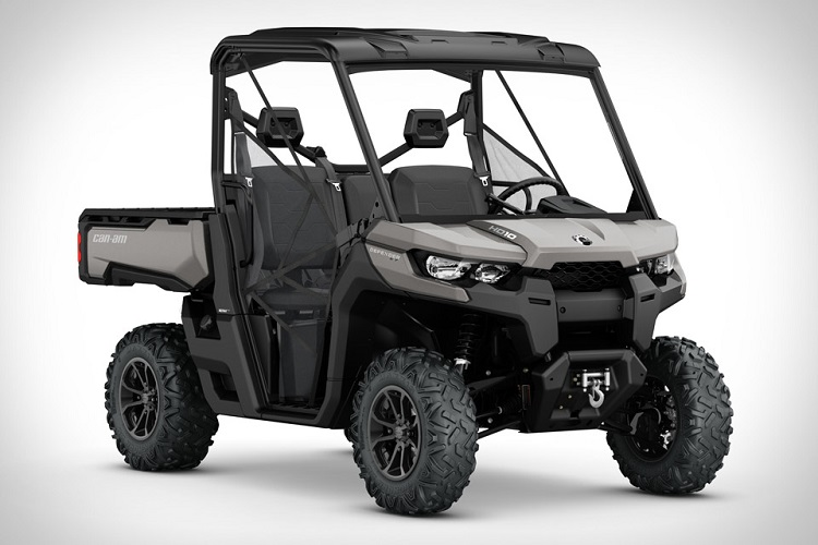 2016 Can Am Defender front view
