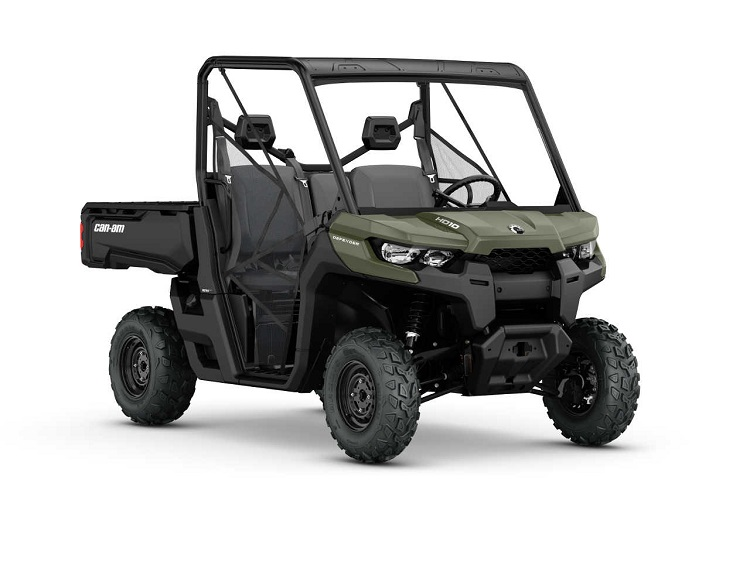 2016 Can Am Defender DPS front view