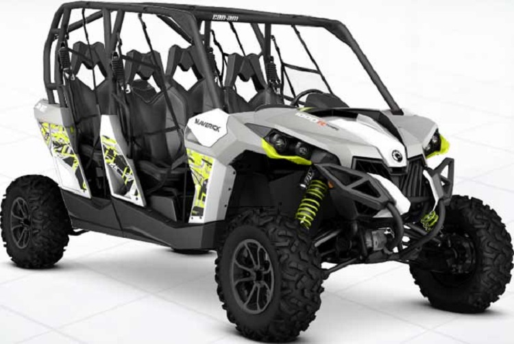 2016 Can Am Maverick Max Turbo front view