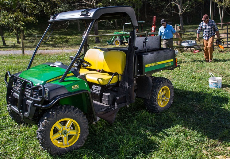 2016 john deere gator xuv 825i review accessories price. Black Bedroom Furniture Sets. Home Design Ideas
