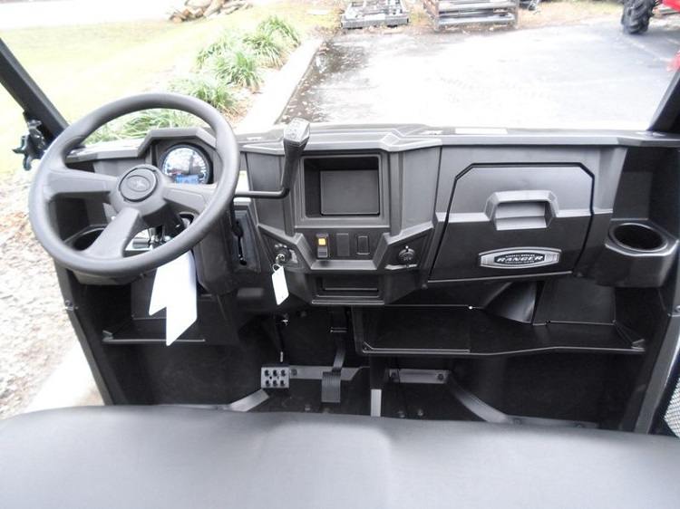 2016 Polaris Ranger ETX interior